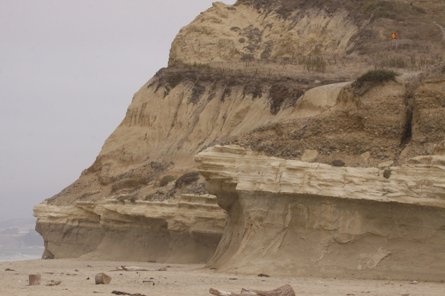 It seemed to me the 90% of the West Coast was nothing but cliffs!!